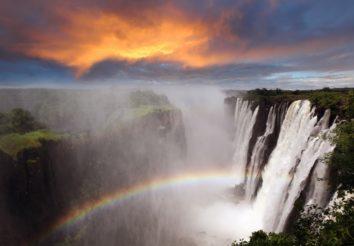 Discover Zimbabwe