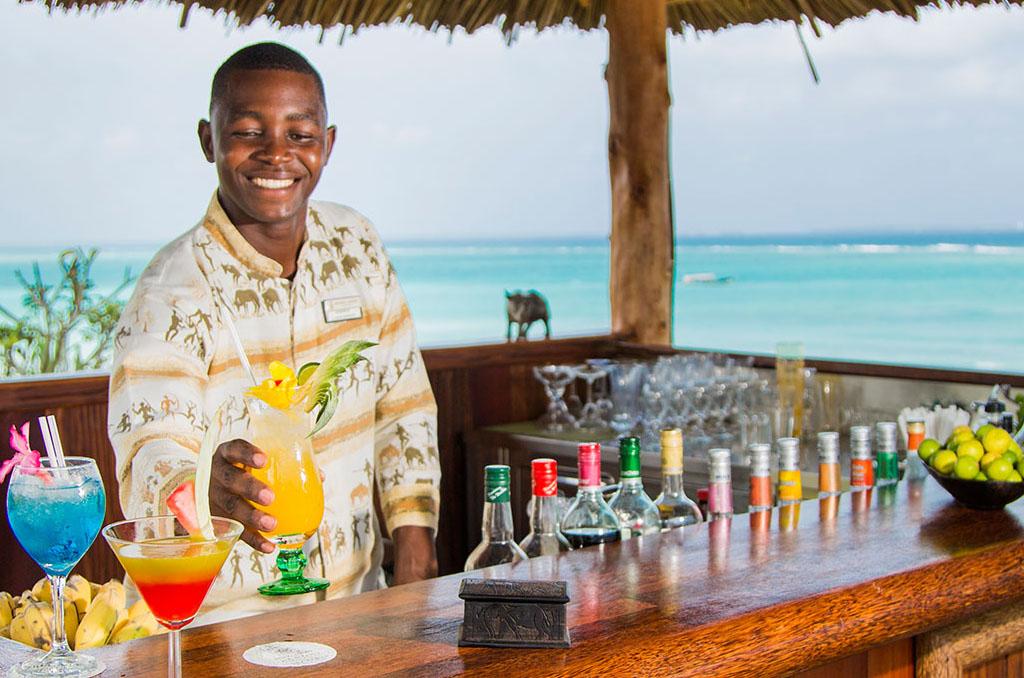 Cocktails overlooking the ocean